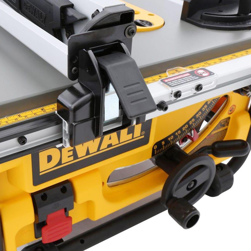 DW745 Detail2