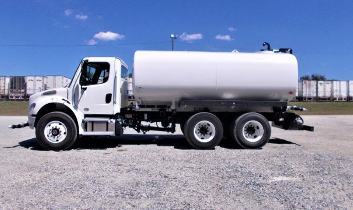 Water truck 4000Gal